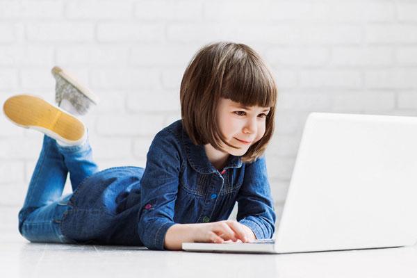آموزش برنامه نویسی در سنین پایین